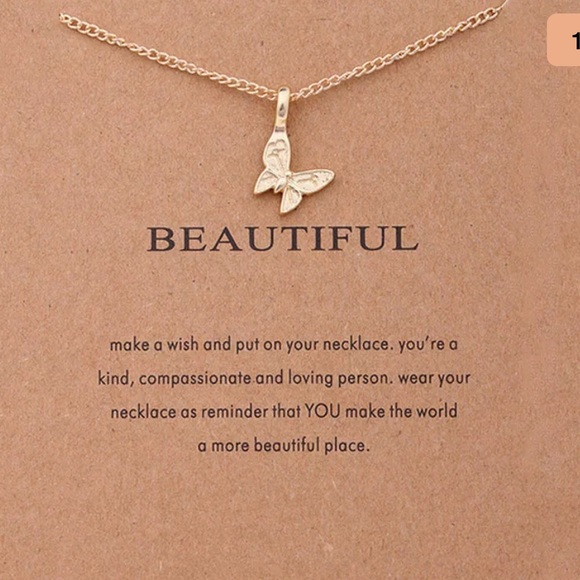 Jewelry - New • butterfly beautiful necklace